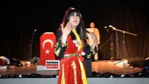 Patnos'ta, 'İstiklal Marşı'nın Kabulü ve Mehmet Akif Ersoy'u Anma' programı düzenledi.
