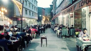Patnos'ta İftar Sofrasına Yoğun İlgi