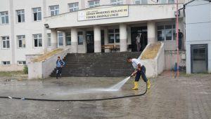 Patnos Belediyesi'nden Okullara Temizlik Çalışması