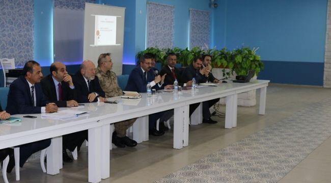 Patnos'ta Muhtarlar Toplantısı Gerçekleşti