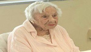 105 Yazan Amerikalı kadın COVID-19'dan kurtuldu ve uzun ömürlülüğün sırrını ortaya çıkardı